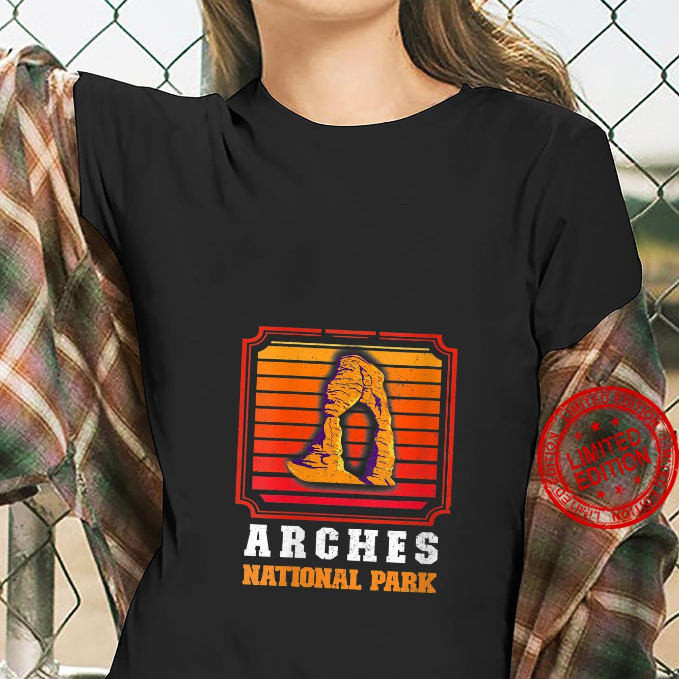 Womens Utah Outdoor National Park Arches National Park Shirt ladies tee